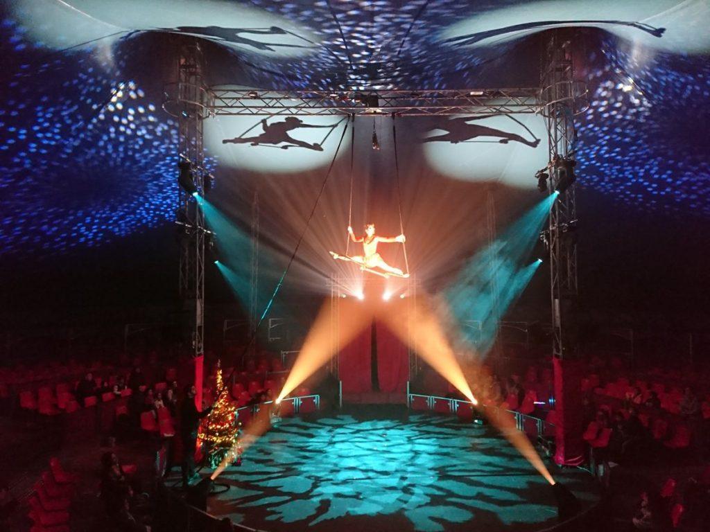 Robe y Prolyte crean magia en 'El Gran Circo de Navidad' con Varona Producción Técnica