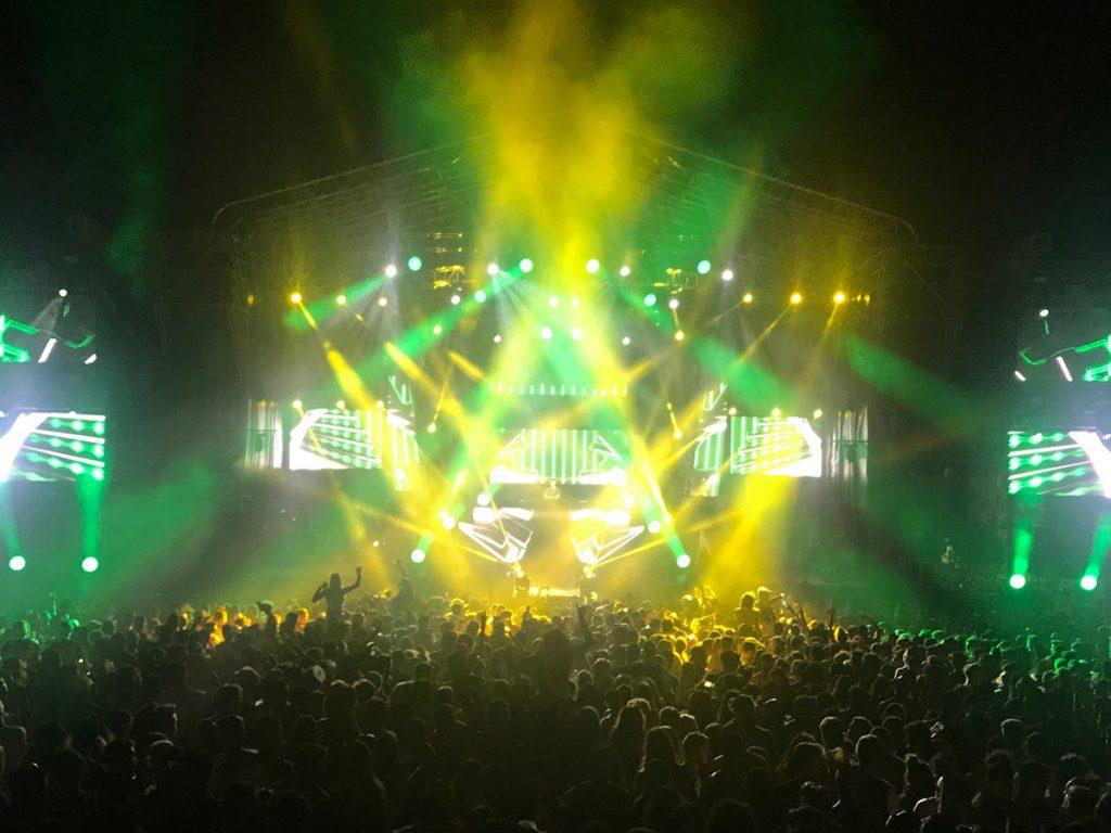 Los MegaPointe, Tarrantula, BMFL Spot y LEDBeam 150 de Robe a ritmo de trap y electrónica en Canarias Baila y Arona Summer Festival con Sonopluss Canarias
