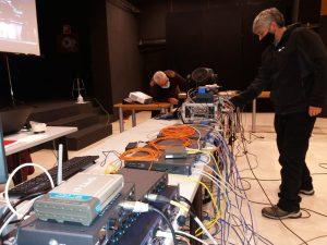 Técnicos de iluminación y montaje andaluces se forman en redes de control de iluminación con Luminex y Robe de la mano de Alejandro Castilla