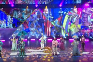 Robe ilumina la renovada Gala de Elección de la Reina tinerfeña de la mano de Sonopluss Canarias y Juanjo Beloqui